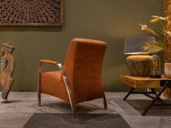 robuuste bruine fauteuil