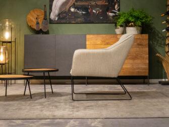 witte industriële fauteuil