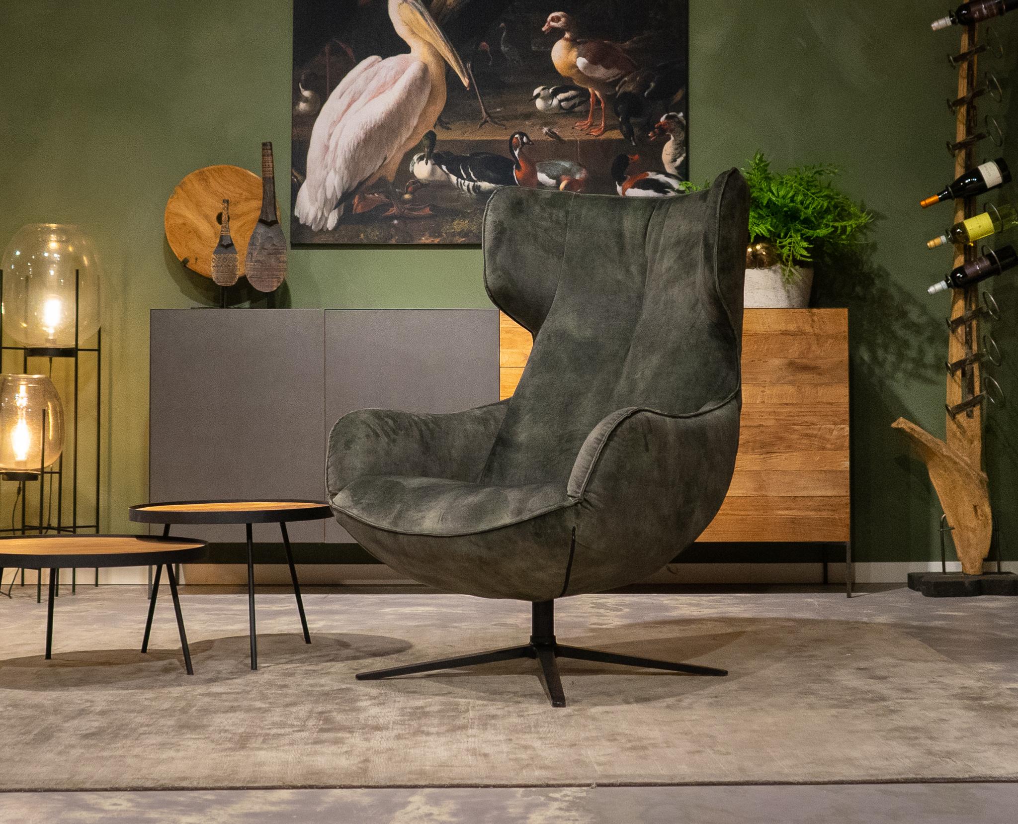 hoge stoffen fauteuil