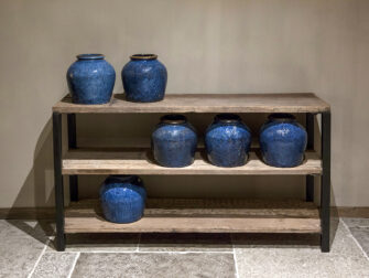 ruime side table