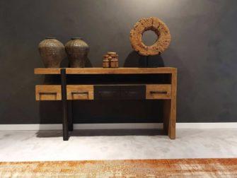 side table met laden oud hout