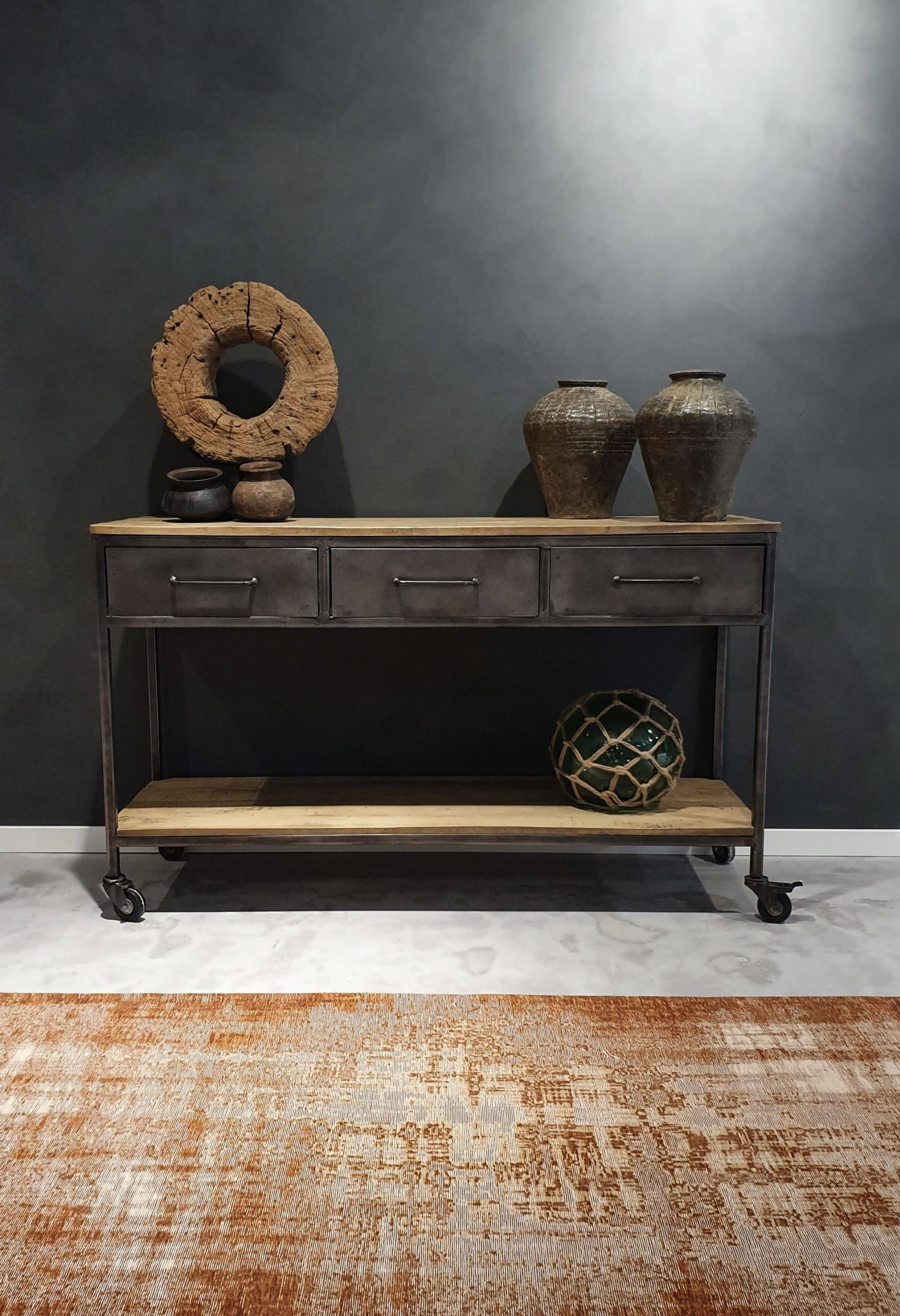 stoere side table