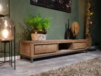 lang televisiemeubel oud hout