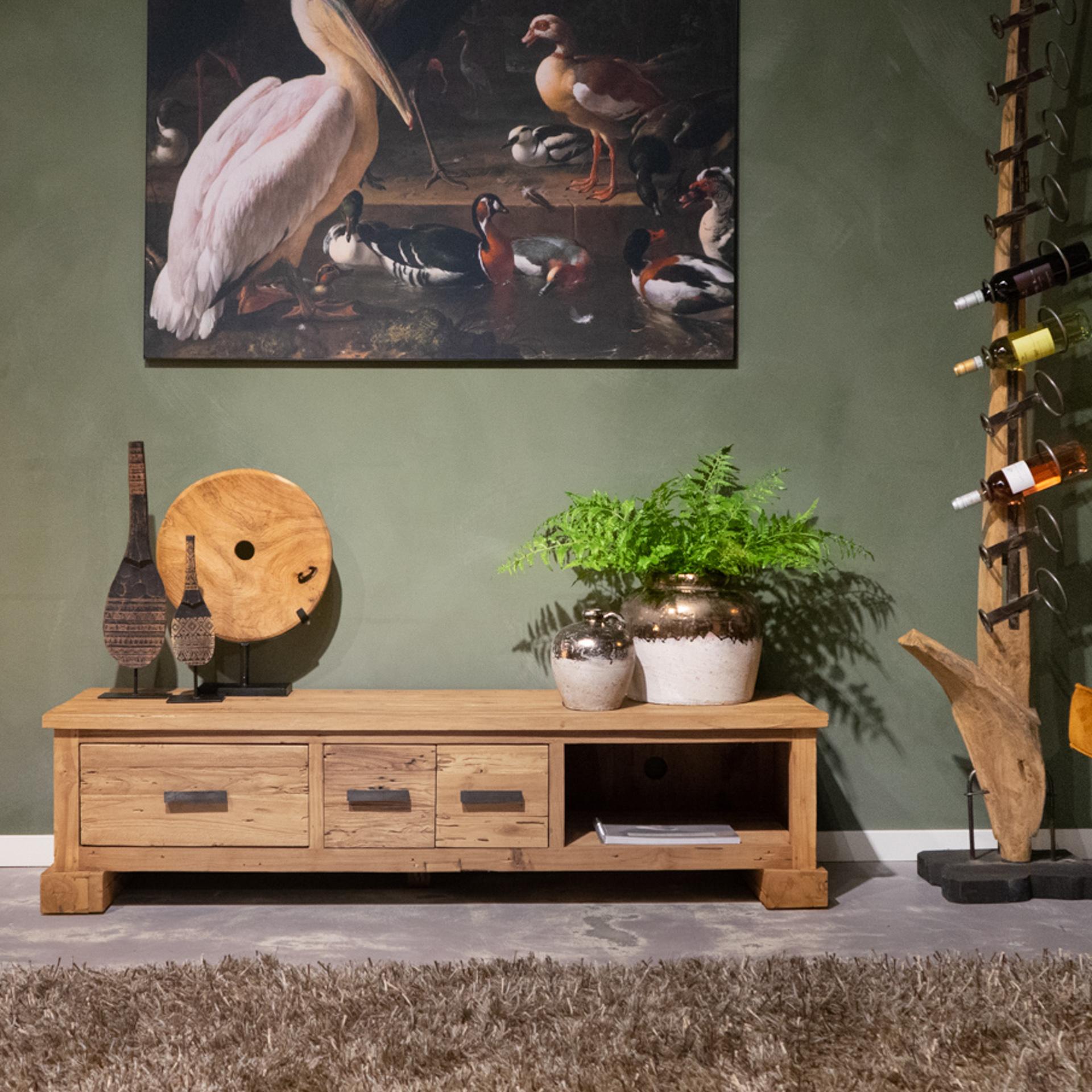 tv meubel van grof hout