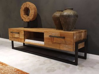 Stoer industrieel tv meubel