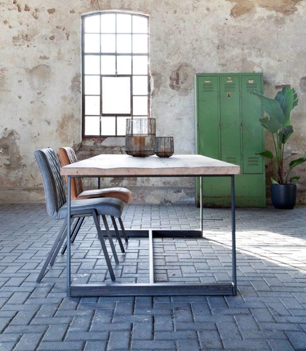 industriele tafel oud eiken