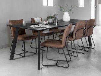 stoere tafel oud hout