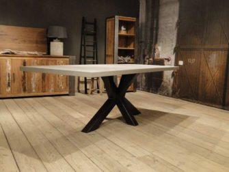 stoere betontafel antibes