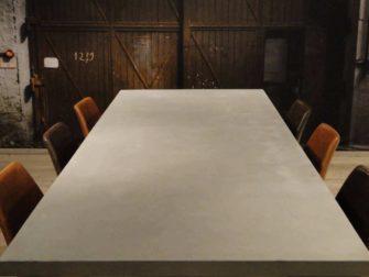 stoere betontafel paysan