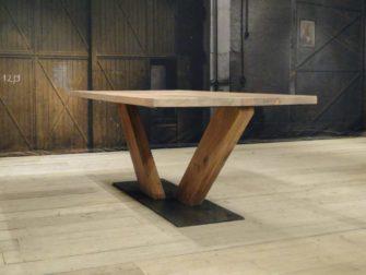 eiken tafel houten v poot