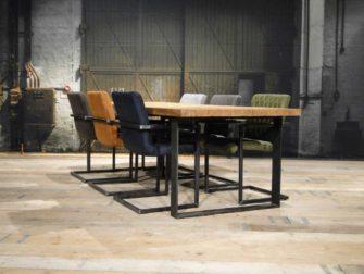 industriele teak tafel